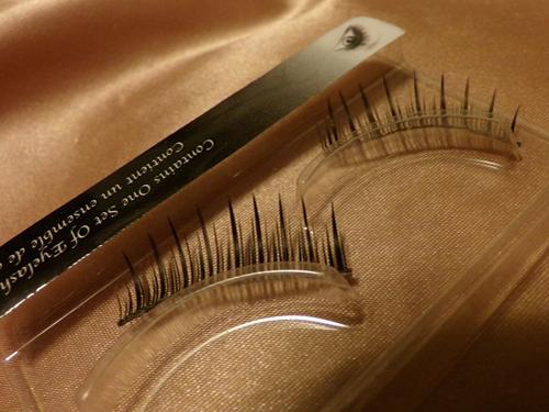 expert-in-eyelash-extension-maldon