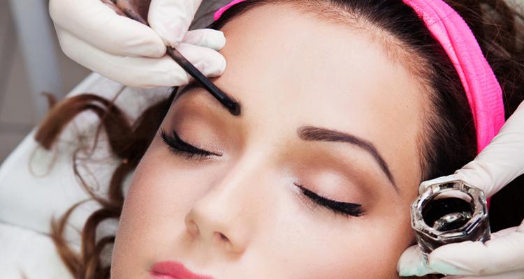 Eyebrow-tinting-service-near-Maldon-Essex
