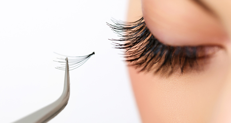 Eyelash-extension-near-high-street-victoria-road-Maldon